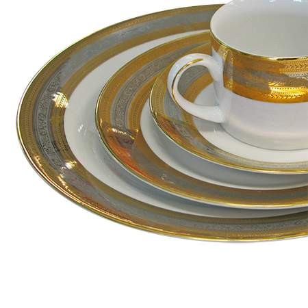 Elegance Gold and Silver Pattern