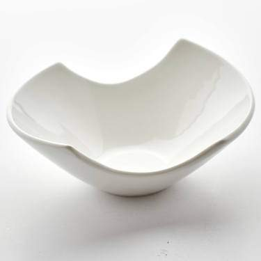 "Samurai White Porcelain Bowl 7.25"" x 5"""