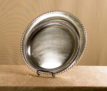 "Tray 15"" Rd Silver Gadroon"