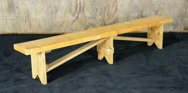 Golden Oak Vineyard Bench 8'