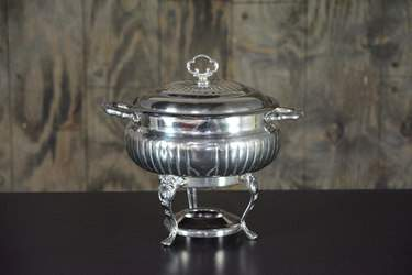 Chafer Round Silver 4qt