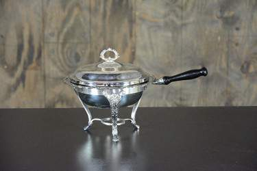 Chafer Round Silver Vintage Wood 2qt