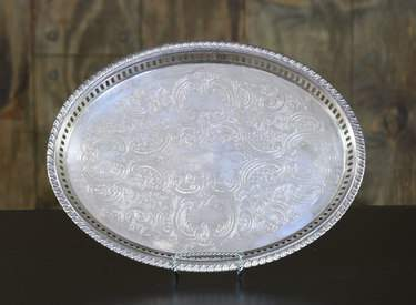 "Silver Oval Gallery Tray 12""x16"""