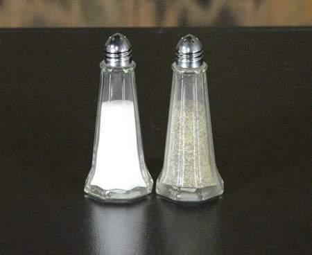 Salt & Pepper Set Glass