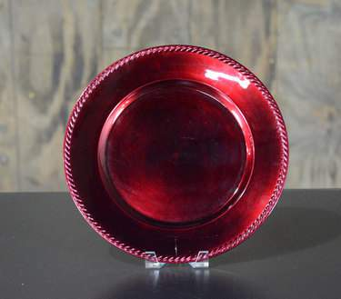"13"" Red Leaf Braided Charger"
