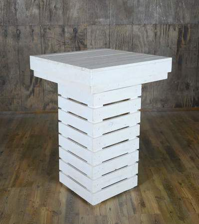 White Pallet Cocktail Table