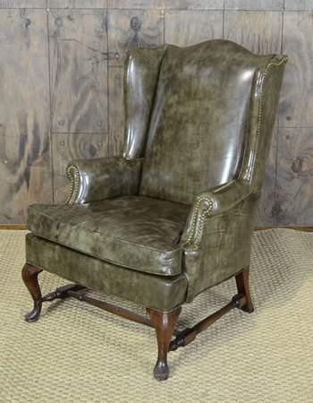 Ernesto Wingback Chair