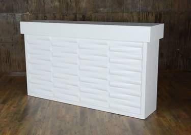 White Geo Bar 6'