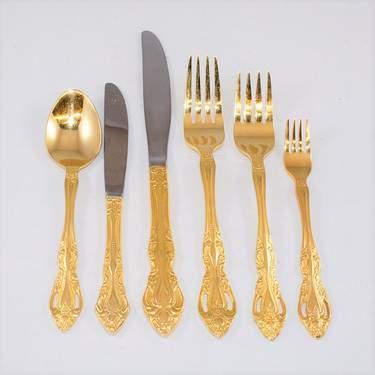 Abbey Gold Dinner Knife