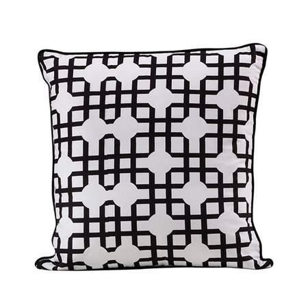 Davis Pillow